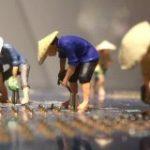 「はんだづけ職人の朝ははやい」見立て作家・田中達也氏の作品に「発想がすごい」「この職人欲しい」の声 – Togetter