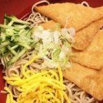 爽やかなのど越しに一気食い注意の立ち食いそば! 上野アメ横『つるや』の「冷やしきつねそば」がもはや飲み物 | ロケットニュース24