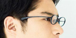 メガネっ子だってVRゴーグルが怖くない!つるが短いJINSのメガネ | ギズモード