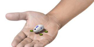 ロールスロイスがエンジン整備の未来像として虫型ロボットを披露 | TechCrunch