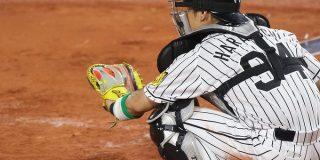 「野球の写真が見たいんだ!!」 #思わずグッとくるキャッチャーの写真が見たいんだ に集まった、すばらしきキャッチャーの写真たち - Togetter