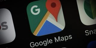 Googleマップ、「現在地を共有」に相手のバッテリー残量を表示 | TechCrunch