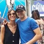 イニエスタ、大阪・道頓堀に出現!グリコの看板前で妻と記念撮影 : カルチョまとめブログ