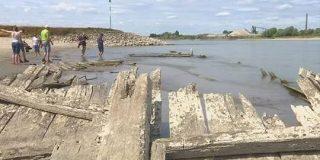 123年前の沈没船出現-猛暑で水位低下したライン川で ドイツ   NHKニュース