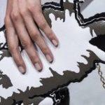 ルイ・ヴィトンからゆるネッコとイッヌの新作バッグが登場「ご乱心シリーズ」「威厳がゼロでかわいい」 – Togetter