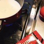 冬限定の洋酒チョコレート『ラミー』を使ったホットチョコレートのレシピが悪魔の囁き「ふんわりラムが香るくらいで美味しかった」 – Togetter