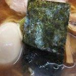 新富町「そば新」の名物「煮干ラーメン」は、味&コスパともに文句なし | マイナビ