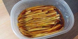 ご飯がすすむ魔法のおつまみ!ブロッコリーの芯を使った『無限ブロッコリー』の作り方 - Togetter