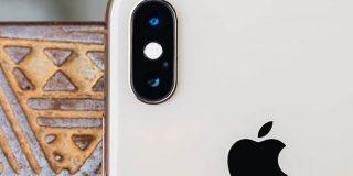 次期「iPhone」、USB-Cポートや3つの背面カメラを搭載か - CNET