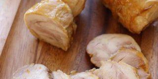 鶏もも肉でチャーシュー風!「照り焼きチキンロール」が常備菜に◎ | クックパッドニュース