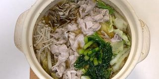 鍋に野沢菜漬けを入れるとすごくおいしい - ぐるなび みんなのごはん