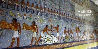エジプトで発見された4400年前の壁画がプラモ屋さんの通路に見えると話題に「王の積みプラの様子を描いた壁画ですね」 - Togetter