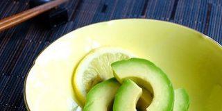 白だしで超簡単♪さっぱりコク旨「アボカドの浅漬け」が食べ過ぎ注意な美味しさ! | クックパッドニュース