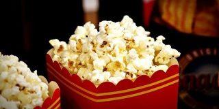 米国の映画レビューサイトがレビュー時にチケット購入を確認するシステムを開始   TechCrunch