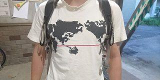 九州だけで構成された「世界地図っぽい」Tシャツ 込められたメッセージが泣ける - Togetter