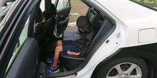 地元のお祭りでパトカーが展示されてて、息子がそれに乗ったら警察に「雰囲気出てるね」と褒められた - Togetter
