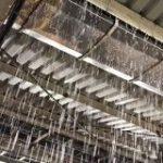神奈川県のゲリラ豪雨で、戸塚駅・金沢文庫駅・横浜駅などが「こわれる」「災害」レベルの凄まじい大洪水発生 – Togetter