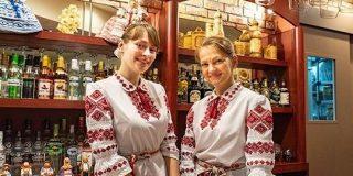 素朴でやさしい味に、ベラルーシが故郷だと錯覚させられる「ミンスクの台所」ウォッカとニシンとビーツの呼び声 | ロケットニュース24