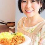 東大院生のスパイス料理研究家・印度カリー子さんに3種類のスパイスだけで作る「スパイスカレー」を教わった – メシ通