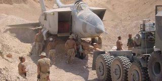 この写真を見れば分かる通り戦闘機は地中から産出します→デマ乙。本当は海で採れます。「一体どっちが本当なんだ…」 - Togetter