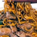 映画『パラサイト』に登場する韓国麺「チャパグリ」を作ってみた! 高級牛肉で作ると背徳感と中毒性がハンパないよ | Pouch