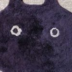 「ねこはいます」かわいいネコチャンマットの表裏の写真を投稿→深刻なミーム汚染が発生してしまう事態に… – Togetter