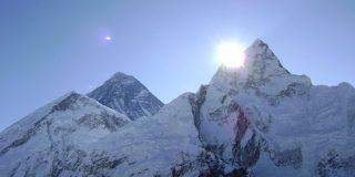 エベレスト登山禁止、新型コロナ感染対策で ネパール政府|CNN