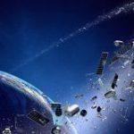 恐怖。60年間でどれだけ宇宙ゴミが増えたかを示す動画 | ナゾロジー