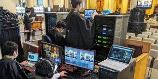 絵面が強すぎ!築地本願寺がオンライン法要を開始。「袈裟姿の僧侶」x「ガチ機材」のコンボ。 - Togetter