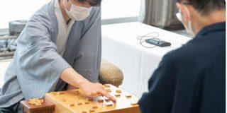 【王位戦】藤井聡太七段が先勝 一瞬の隙から攻め切り圧倒|2ch名人