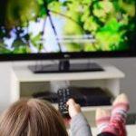 コロナが再定義した「テレビ」の価値-日本では再放送ドラマが人気に、米中では? – CNET