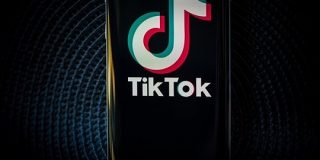 TikTokがトランプ米政権を提訴へ-取引禁じる大統領令めぐり - CNET
