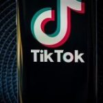 中国政府、TikTokの米国事業売却に関与の意向 – CNET