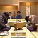 「将棋界美しすぎやろ…」羽生九段の入院により延期になった竜王戦第4局の盤外エピソードが尊すぎる – Togetter