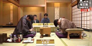 「将棋界美しすぎやろ…」羽生九段の入院により延期になった竜王戦第4局の盤外エピソードが尊すぎる - Togetter