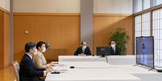 両陛下が初のオンライン視察「行幸啓(オンライン)」北海道などの4病院を1日で - ITmedia