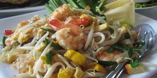パッタイの歴史 - 人工的に作られたタイの国民料理 - 歴ログ