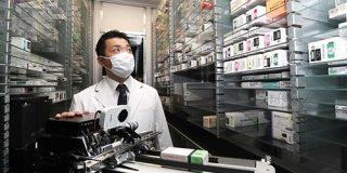 待たせません「ロボット薬局」すぐさま準備し処方|神戸新聞NEXT