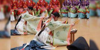 服飾史上の謎「日本人がネックレス・指輪・首輪・腕輪・耳輪をつけていないって何故なのか未だに解明されていないんですよ」 - Togetter